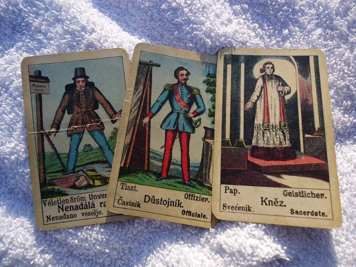 Gypsy Fortune Telling Cards: Gypsy Fortune Telling Cards: Sudden joy, Officer, Priest